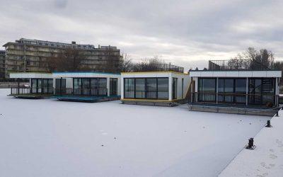 Úszóházaink télen